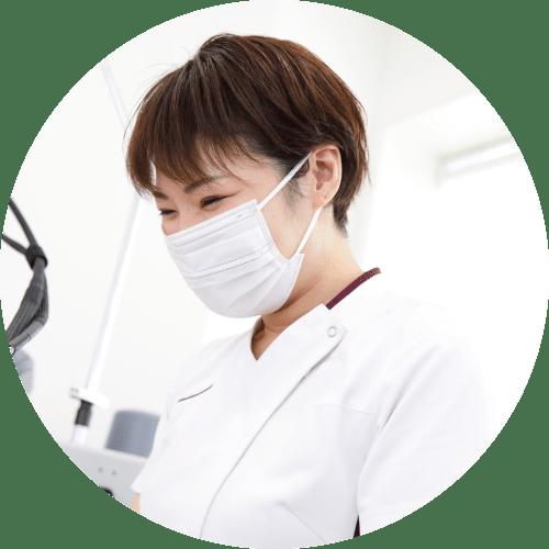 医療脱毛における痛みの抑制
